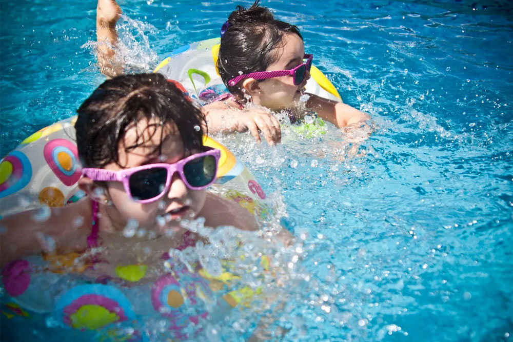 A-Mom's-Guide-to-Summer-Sanity